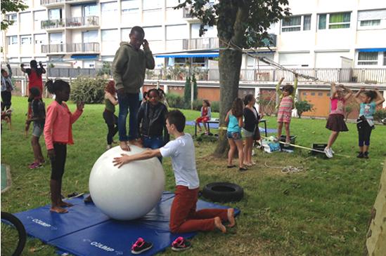 Boule_equilibre_cirque
